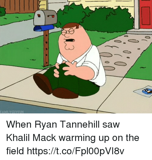 warming-up: FAMILYGUYEUN When Ryan Tannehill saw Khalil Mack warming up on the field https://t.co/Fpl00pVI8v
