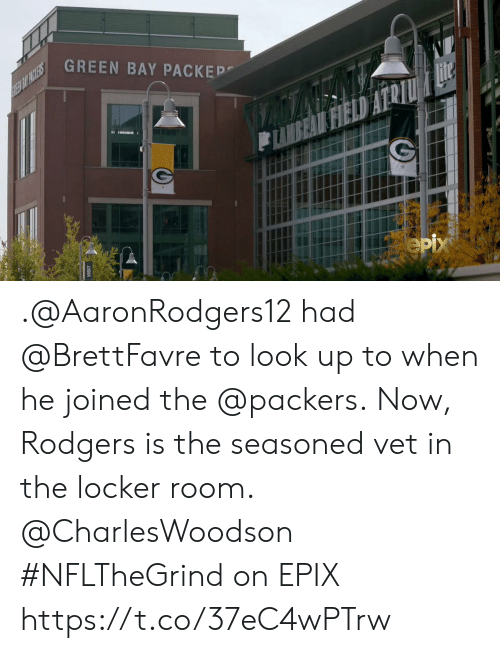 green bay: GREEN BAY PACKEP  REE BIT PACKERS  Hite  FIELD  eрх .@AaronRodgers12 had @BrettFavre to look up to when he joined the @packers.  Now, Rodgers is the seasoned vet in the locker room. @CharlesWoodson   #NFLTheGrind on EPIX https://t.co/37eC4wPTrw