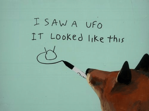 Saw, Ufo, and This: I SAW A UFo  IT Looked like this
