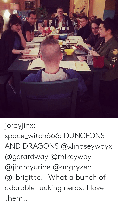 Dungeons and Dragons: jordyjinx:  space_witch666: DUNGEONS AND DRAGONS @xlindseywayx @gerardway @mikeyway @jimmyurine @angryzen @_brigitte._    What a bunch of adorable fucking nerds, I love them..