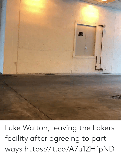 Agreeing: Luke Walton, leaving the Lakers facility after agreeing to part ways https://t.co/A7u1ZHfpND