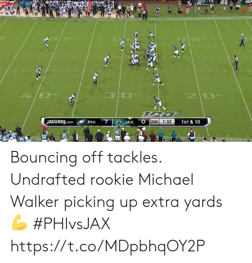 jaguars: OLADE  10  7  JAGUARS.cOM  2ND  1:32  1ST & 10  JAX  PHI Bouncing off tackles.  Undrafted rookie Michael Walker picking up extra yards 💪  #PHIvsJAX https://t.co/MDpbhqOY2P