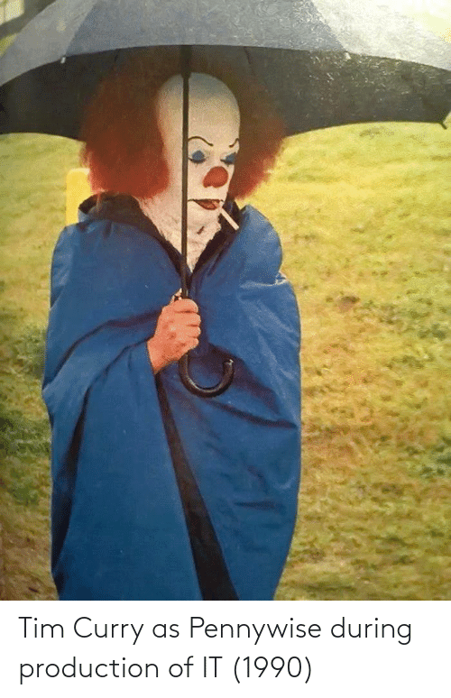 tim curry: Tim Curry as Pennywise during production of IT (1990)